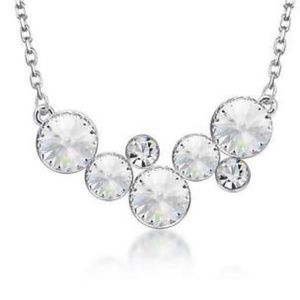 Jewelry - Clear Crystal Necklace